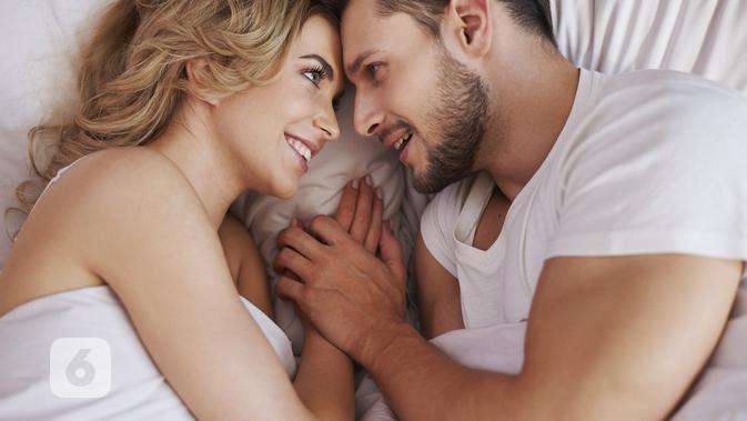 6 Manfaat Berhubungan Seks di Jam Tertentu - Health Liputan6.com
