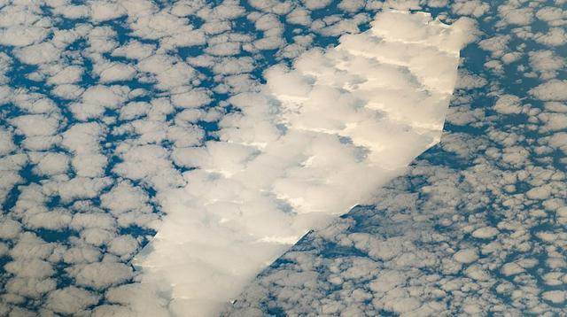 Para ilmuwan NASA mengatakan, sebongkah es yang menyeramkan sedang menuju tempat yang dikenal sebagai 'makam gunung es'. (NASA Earth Observatory Images)
