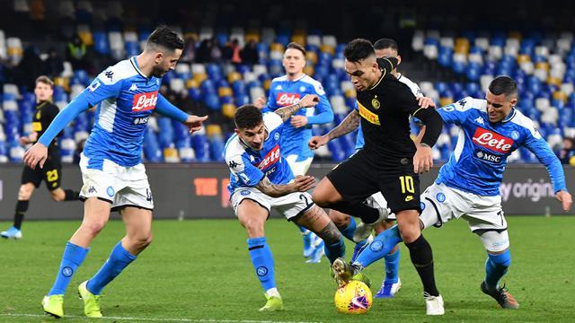 Lukaku 2 Gol, Inter Bungkam Napoli di San Paolo