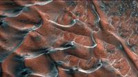 Bukit Pasir Beku di Mars (Sumber: Screen capture by Insatagram @nasa)