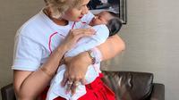 Kimmy Jayanti bersama anak (Instagram/kimmyjayanti)