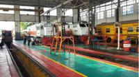PT Pertamina (Persero) Marketing Operation Region (MOR) III mencatat kebutuhan bahan bakar biosolar untuk moda transportasi kereta api di lokasi pengisian utama lokomotif DAOP 1 Jatinegara, Jakarta Timur meningkat. (Foto: Dok Pertamina)