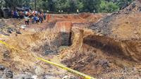 Kawasan tambang batubara ilegal di Kabupaten Muara Enim yang merenggut nyawa 11 orang pekerjanya (Liputan6.com / Nefri Inge)