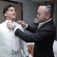 Ge Pamungkas kenakan busana Samuel Wongso (dok istimewa)