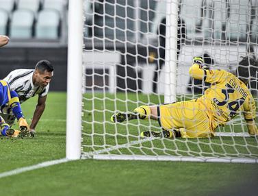 FOTO: Alex Sandro Tampil Gemilang, Juventus Taklukkan Parma 3-1