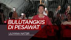 Berita video melihat keseruan Liliyana Natsir bermain bulutangkis dari ketinggian 17.000 kaki.