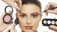 Ilustrasi makeup. (Sumber foto: womenshealthmag.co.uk).