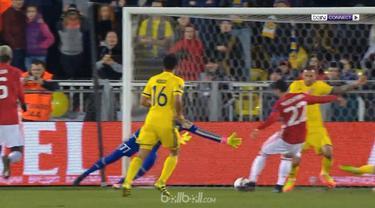 Manchester United imbangi tuan rumah Rostov dengan agregat sama kuat 1-1 di pertandingan leg pertama 16 Besar Liga Europa. (BallBall Video)