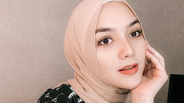 7 Artis Perempuan Indonesia Yang Masuk Nominasi 100 Wanita Tercantik Di Dunia News Entertainment Fimela Com