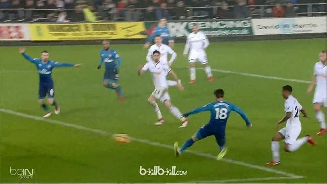Berita video highlights Premier League antara Swansea Vs Arsenal 3-1. This video is presented by Ballball.