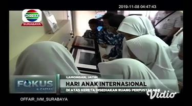 Memperingati Hari Anak Internasional pada 20 November. Ratusan anak sekolah di Lamongan, Jawa Timur, Kamis siang, melakukan kegiatan pembelajaran di luar sekolah.