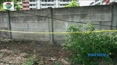 Tiga bocah ditemukan tewas tersetrum di lahan kosong di Cilincing, Jakarta Utara. Sebelumnya diduga korban sempat ngelem.
