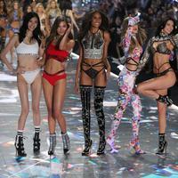 Simak alasan Victoria's Secret Fashion Show tidak tayang lagi di televisi (Foto:Splashnews)