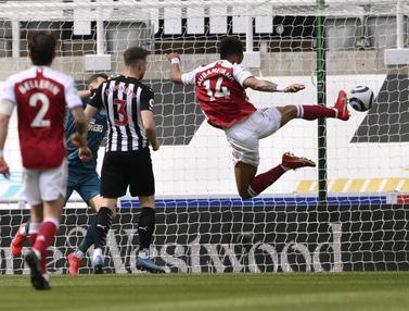 Aubemeyang Cetak Gol, Arsenal Atasi Tuan Rumah Newcastle United