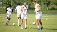 PSM Makassar berlatih menjelang duel lanjutan Grup H Piala AFC 2019 melawan Kaya FC. (Bola.com/Abdi Satria)