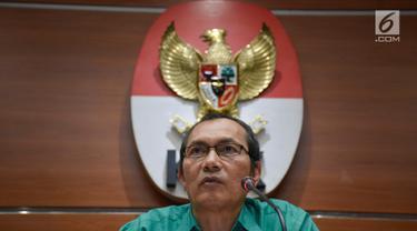 20170621-KPK Tunjukkan Barang Bukti OTT Gubernur Bengkulu-Afandi