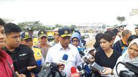 Menhub Budi Karya Sumadi kunjungan kerja ke Gerbang Tol Cikampek Utama pada Jumat, 7 Juni 2019 (Foto: Merdeka.com/Yayu Agustini Rahayu)