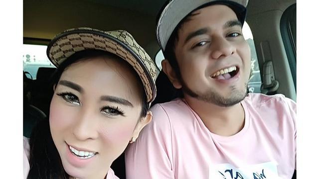 Terjebak Narkoba Lagi, Ini 5 Potret Mesra Rio Reifan dengan Istri