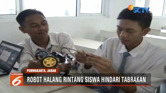 Pelajar SMA Negeri 1 Cibatu, Kabupaten Purwakarta, Jawa Barat, berhasil menciptakan sebuah robot halang rintang, yang dinilai dapat mencegah kecelakaan lalu lintas.