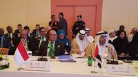 Menteri Ketenagakerjaan M Hanif Dhakiri dalam pertemuan dengan para menteri ketenagakerjaan anggota OKI.