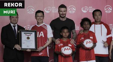 David Beckham hadir sebagai brand ambassador AIA, perusahaan asuransi jiwa yang menggelar Sepak Bola untuk Negeri. Acara tersebut memecahkan rekor MURI.