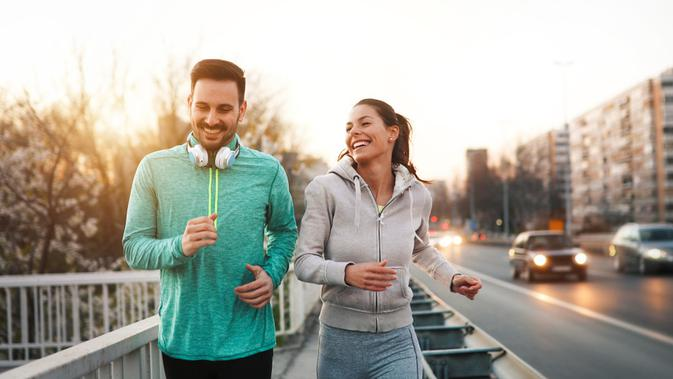 Ilustrasi olahraga bersama (Shutterstock)