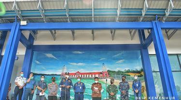 Menteri Perhubungan (Menhub) Budi Karya Sumadi meninjau pembangunan infrastruktur transportasi di Tanjung Balai Karimun, Batam. Dok Kemenhub