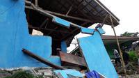 Gempa Banjarnegara merobohkan sejumlah bangunan. (Dok BNPB)