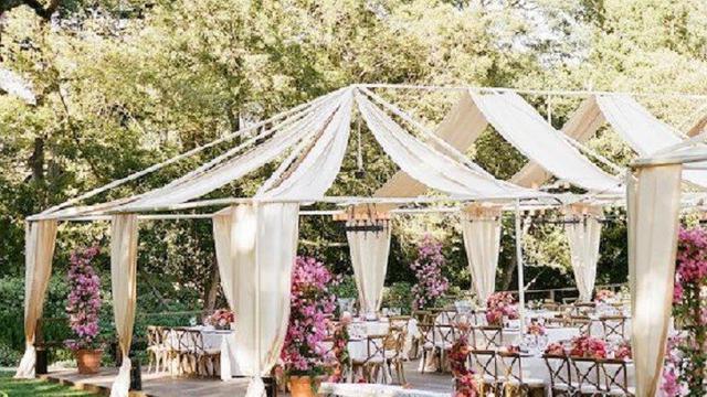 Model Dan Dekorasi Unik Pesta Pernikahan Di Rumah Properti