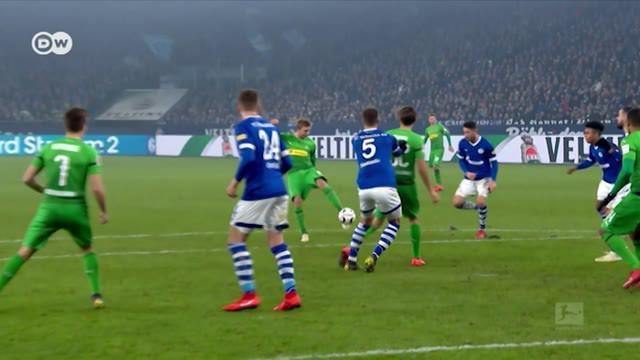 Berita Video Jadon Sancho Cetak Gol Satu dari Tiga Gol Terbaik Bundesliga di Februari