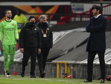 FOTO: Momen Tiga Pergantian Pemain AS Roma yang Jadi Pemicu Manchester United Superior di Babak Kedua Laga Leg Pertama Semifinal Liga Europa - Pau Lopez