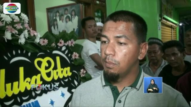 Willy sempat tersapu gelombang tsunami dan terombang-ambing selama tujuh jam, sebelum akhirnya diselamatkan oleh tim SAR.