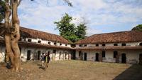 Tempat isolasi mandiri bagi mereka yang nekat mudik ke Kota Madiun, yaitu di bekas Rumah Tahanan Militer (RTM) Madiun, Minggu, 25 April 2021. (Dok Kemenko PMK)