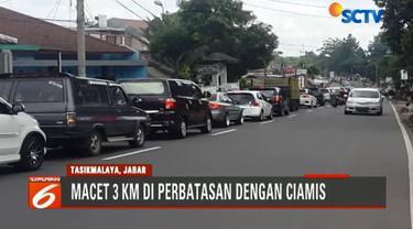 Untuk mengurai kemacetan, polisi melakukan rekayasa arus lalu lintas dengan mengalihkan ke Rajapolah.