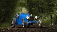 Bugatti Type 35 yang dijuluki Baby 2  (Carbuzz)