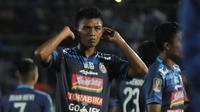 Dedik Setiawan ingin tampil konsisten bersama Arema sepanjang musim 2018. (Bola.com/Iwan Setiawan)