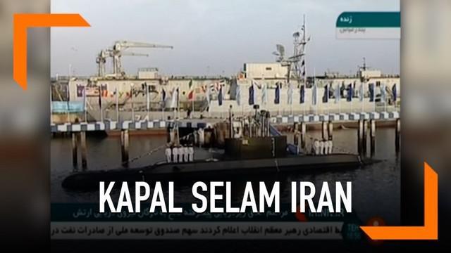 Iran meluncurkan kapal selam terbarunya yang dibuat oleh industri lokal negara. Kapal selam baru ini dilengkapi dengan mesin pelunur rudal serta ranjau laut.