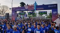 Sebanyak 10.000 pelari yang berasal dari seluruh Indonesia meramaikan ajang Gelaran BRI RUN 2018 Solo Series yang diadakan oleh PT Bank Rakyat Indonesia (Persero) Tbk.