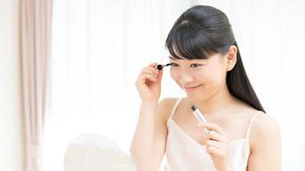 Ini Cara Agar Makeup Tidak Nempel di Masker