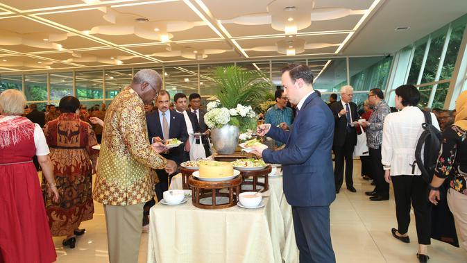 Jamuan makan siang di Kantin Diplomasi Kemlu usai acara PPTM 2020. (Foto: Kemlu RI)