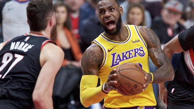 LeBron James memimpin Lakers permalukan Blazers pada laga NBA