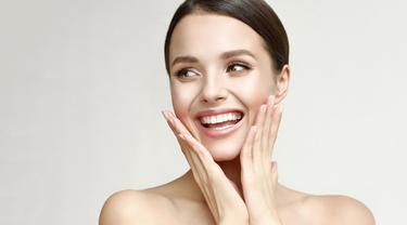 4 Tanda Kulit Wajah Sehat Meski Pakai Makeup Setiap Hari
