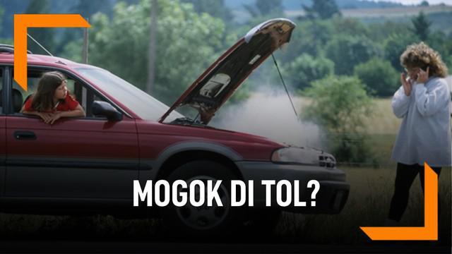 Jika mobil mogok di jalan tol, perlu melakukan prosedur agar aman dari bahaya kecelakaan maupun tindak kejahatan.