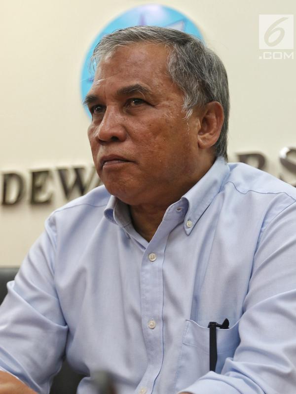 Mantan Komandan Tim Mawar Mayjen Purnawirawan Chairawan memberi keterangan pers di Jakarta, Selasa (11/6/2019). Chairawan menyebut tim yang pernah disebut menculik sejumlah aktivis tersebut sudah bubar. (/JohanTallo)