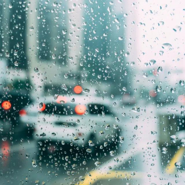 30 Kata Kata Lucu Saat Hujan Mampu Usir Rasa Malas Ragam Bola Com