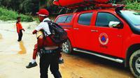 Banjir yang sudah sekian kalinya melanda Kuansing selama tahun ini membuat sejumlah sekolah lumpuh. Tiga sekolah disebut tidak bisa melaksanakan ujian semester. (Liputan6.com/ M Syukur)