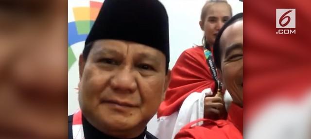 Presiden Jokowi dan Prabowo Subianto menjadi buah bibir warganet. Bahkan Prabowo muncul di akun Instagram Jokowi.
