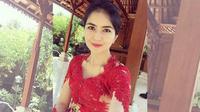 Kadek Devi adalah seorang aktris yang berasal dari Indonesia.