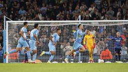 Matchday pertama Liga Champions 2021/2022 merupakan laga perdana bagi beberapa pemain top. Nama-nama seperti Sébastien Haller, Nuno Mendes, Gerard Moreno, Pau Torres, Manuel Locatelli, dan Jack Grealish sukses menjalani debut mereka di Liga Champions. (PA via AP/Zac Goodwin)