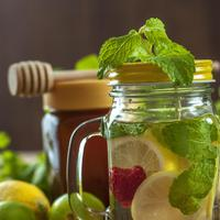 Ilustrasi raspberry lemon infused water./Copyright pixabay.com/users/Nawalescape-2022130/